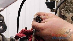 1997 - 2001 Honda CR250 - Top End Service - Part 3 - Piston Removal - Needle Bearing