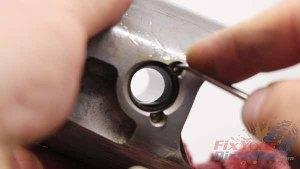 Top End Service - Part 3 - Piston Removal - Pin Clip