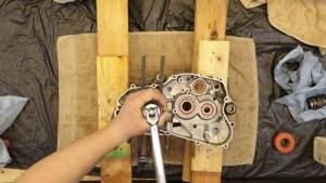 2 - Pull Crankshaft Into Case