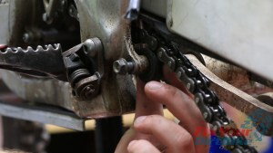 1 - Remove Lower Chain Roller