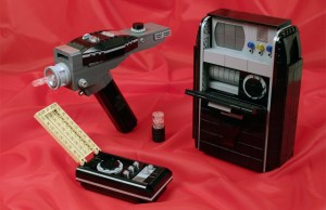 STAR TREK Gadgets Made From LEGO's