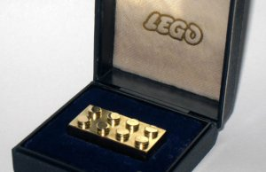 Solid Gold Lego Brick For Sale (3)