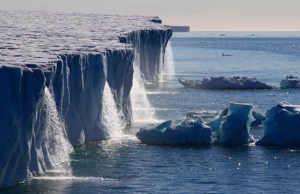 Magnificent Wonders of the Ice World (16)