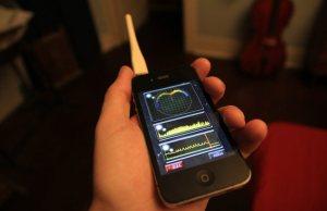 Electromagnetic Field Detector iPhone Plug-In (2)
