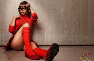 Sexy Velma Cosplay
