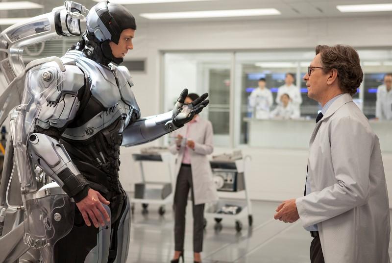 ROBOCOP Man and Machine Featurette Part 2