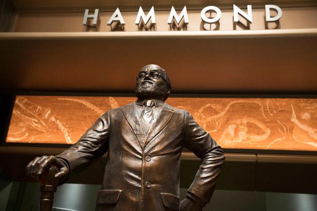 Jurassic World Pays Tribute to Lord Richard Attenborough