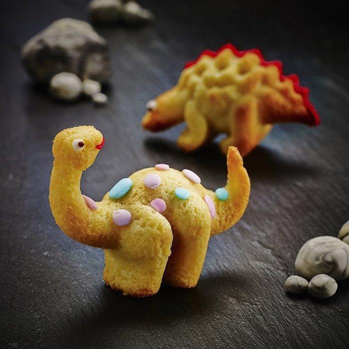 Dinosaur-Cake-Mould
