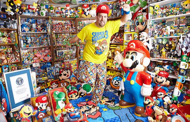 LARGEST COLLECTION OF VIDEOGAME MEMORABILIA