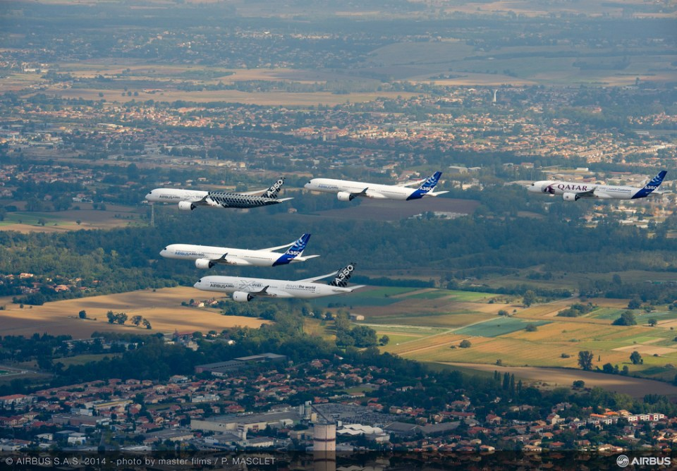 5 Airbus 350 Formation Flight Is Awesome - Pictures (1)