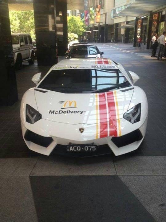 McDelivery Lamborghini