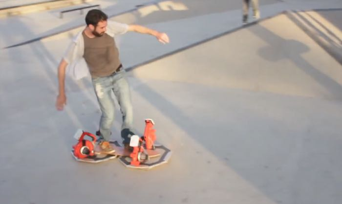 Awesome DIY Hoverboard Uses 4 Leaf Blowers