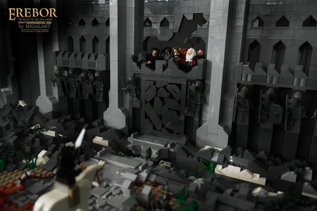 THE HOBBIT's Gates of Erebor Created with 55,000 LEGO Bricks