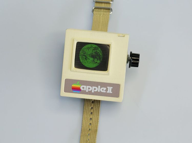 Your Very Own Functional Retro Apple II Watch