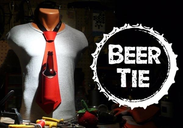 Beer-Koozie-Necktie-600x450