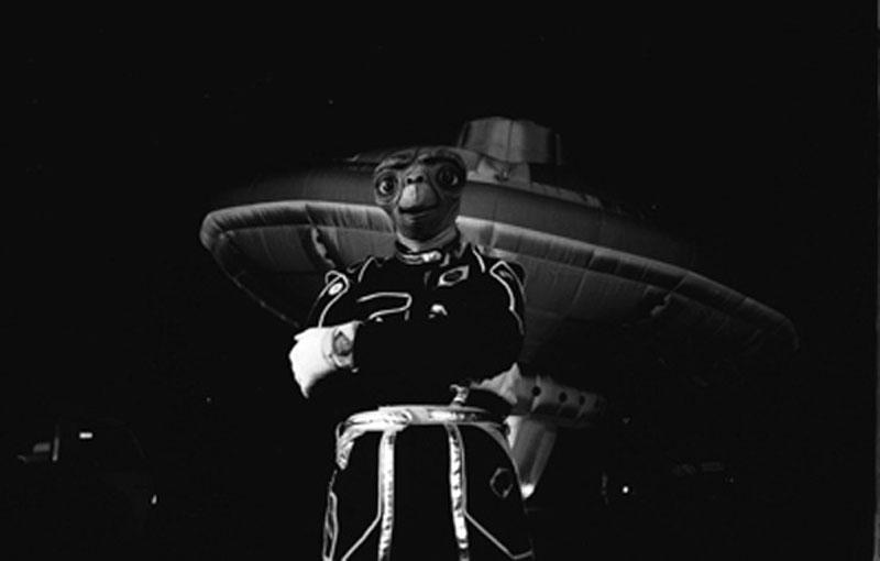 When Richard Branson Flew a UFO Over London in an ETCostume