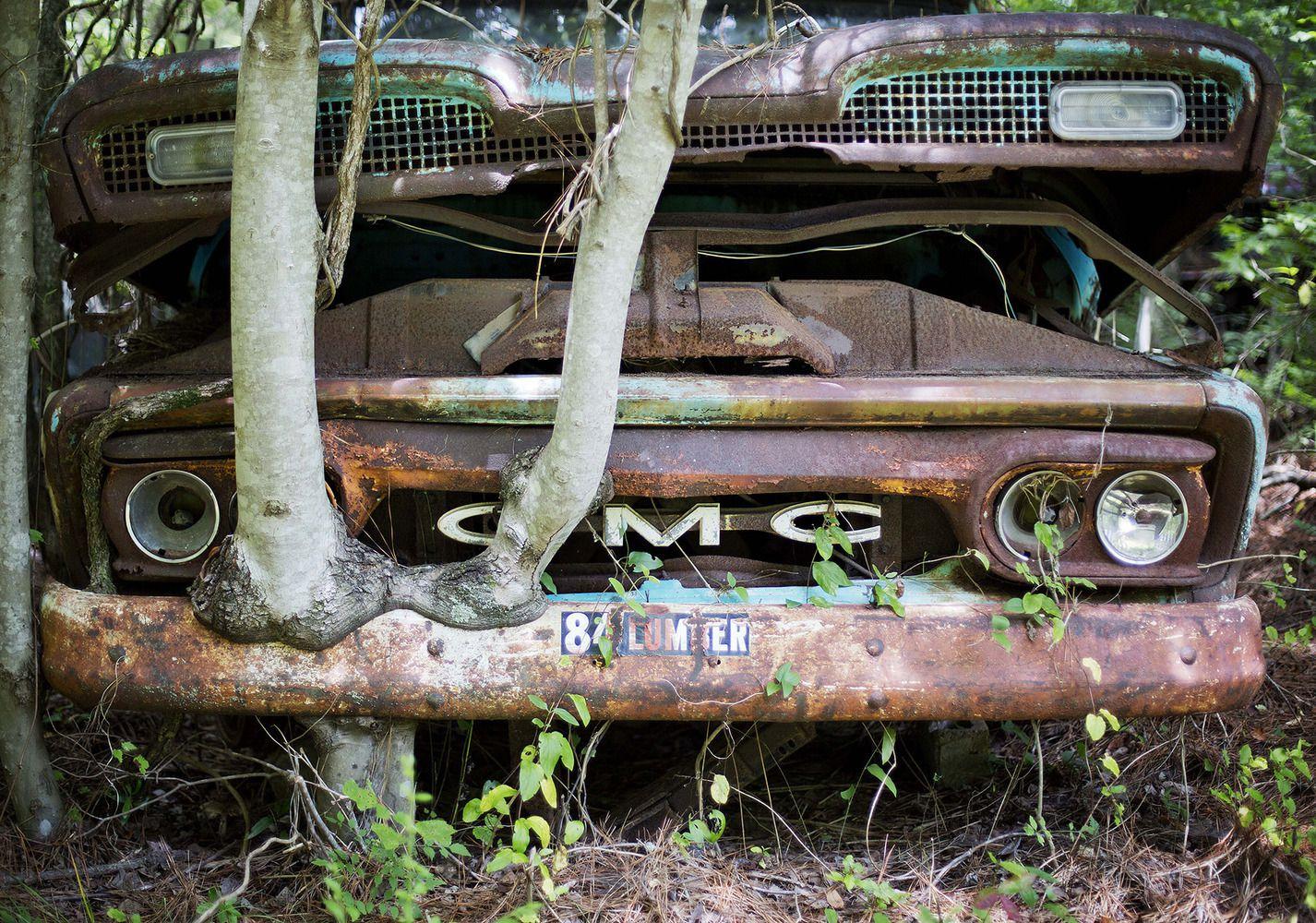 World\'s Largest Classic Car Junkyard