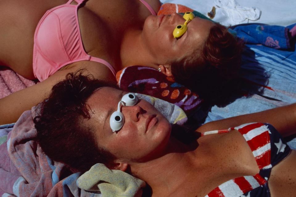 vintage sunbathing pictures