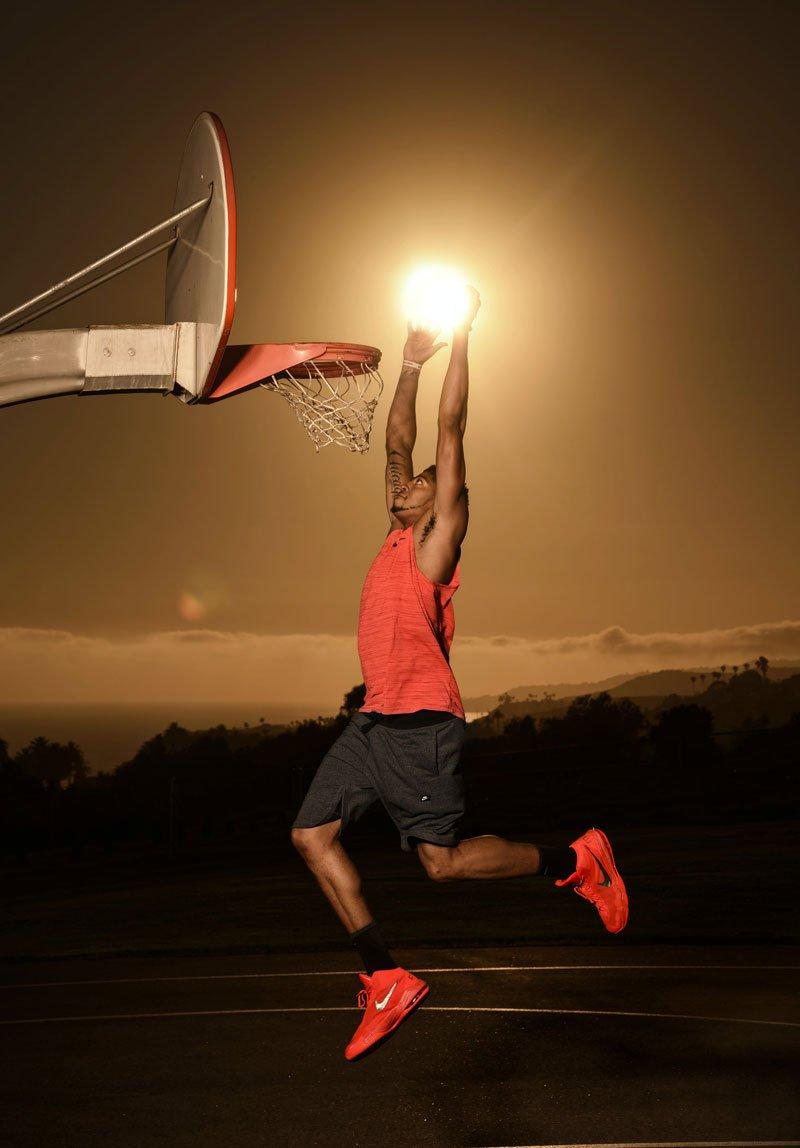 NBA Superstar Anthony Davis Dunks the Sun