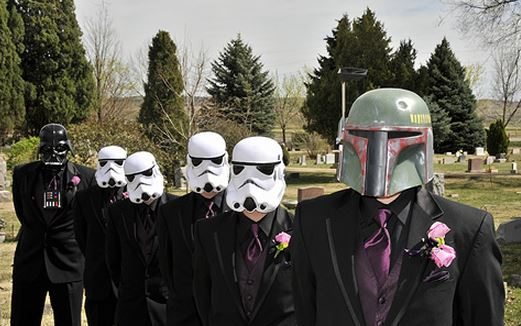 Super Cute Star Wars Themes to Add to Your Wedding Day 4