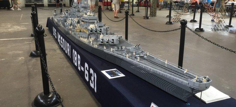 USS-missouri-Lego10-770x350