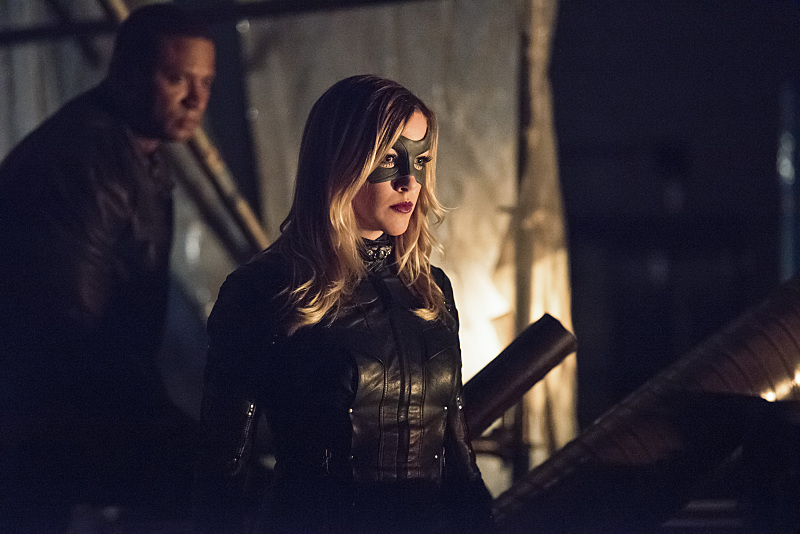 """Arrow -- """"Green Arrow"""" -- Image AR401B_0045b -- Pictured (L-R): David Ramsey as John Diggle and Katie Cassidy as Black Canary -- Photo: Dean Buscher /The CW -- © 2015 The CW Network, LLC. All Rights Reserved."""