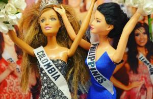 Barbie Dolls Reenacting Pop Culture Moments From 2015