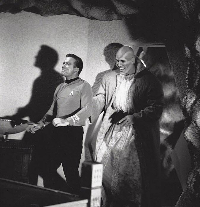 STAR TREK Series Rare Behind-the-Scenes Set Photos