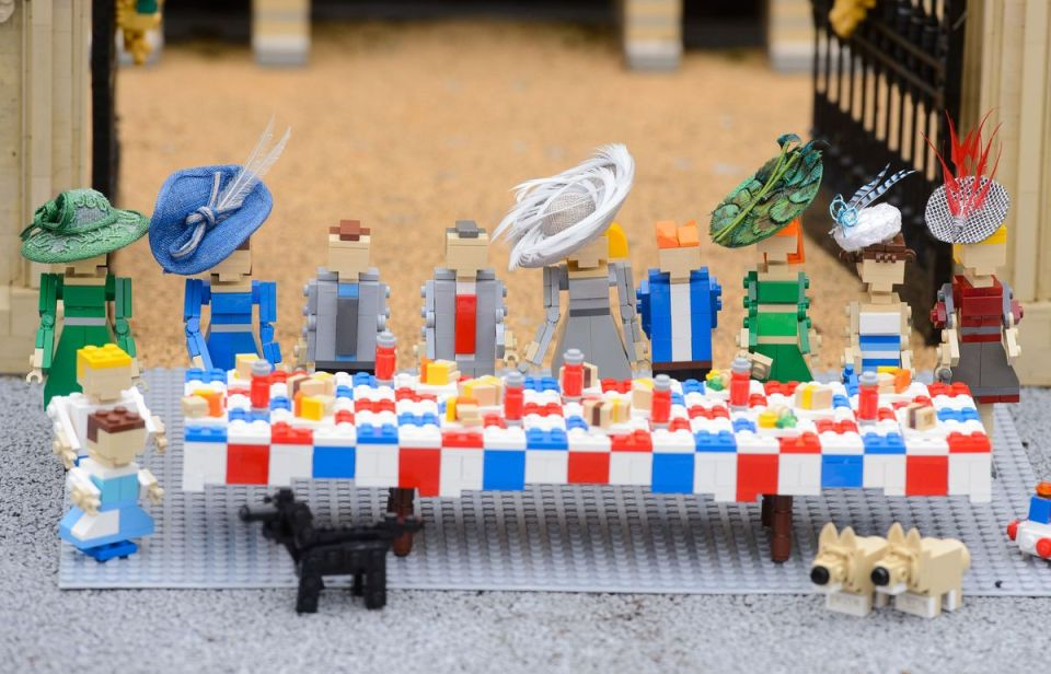Legoland Threw Queen a Birthday Party Made Entirely From Lego (4)