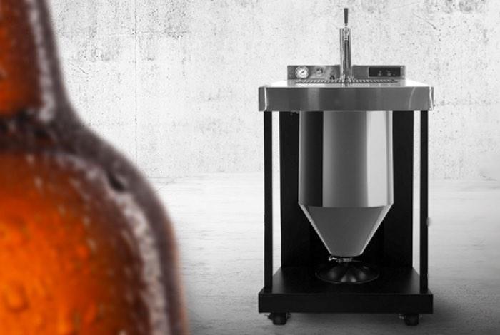 VESSI Craft Beer Fermentor and Dispenser