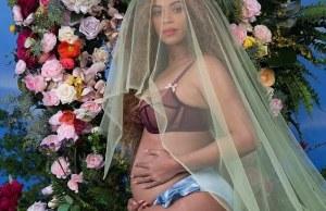Beyonce's Famous Pregnancy Photo