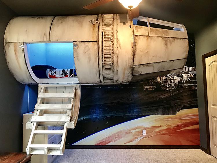 Star Wars Millennium Falcon Bed
