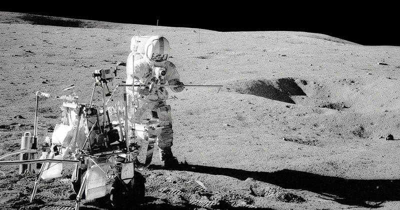 astronaut-moon-golf-alan-shepard-3