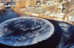 giant-ice-disk-rotating-slowly