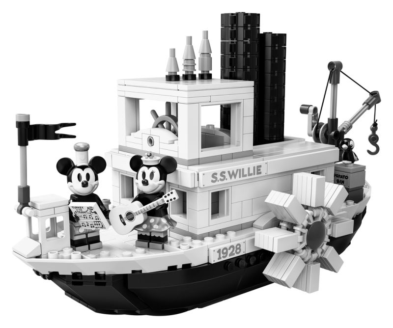 Lego's Steamboat Willie