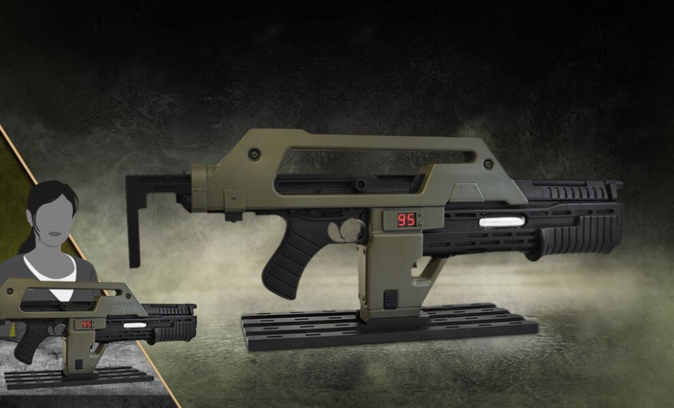 ALIENS Pulse Rifle Replica From Sideshow Collectibles