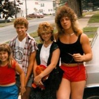 30 Photos Prove 80s Fashion Was A Colorful and Perms Nightmare