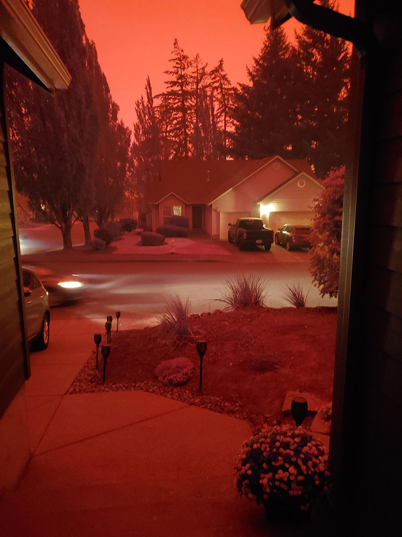 us wildfires red skies