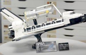 Lego Shuttle Discovery Set