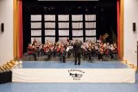 Arne dirigerer med stødig hånd
