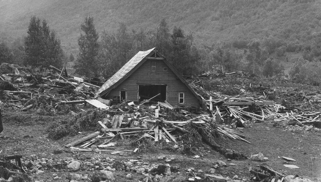 The farms in Bødal were destroyed.