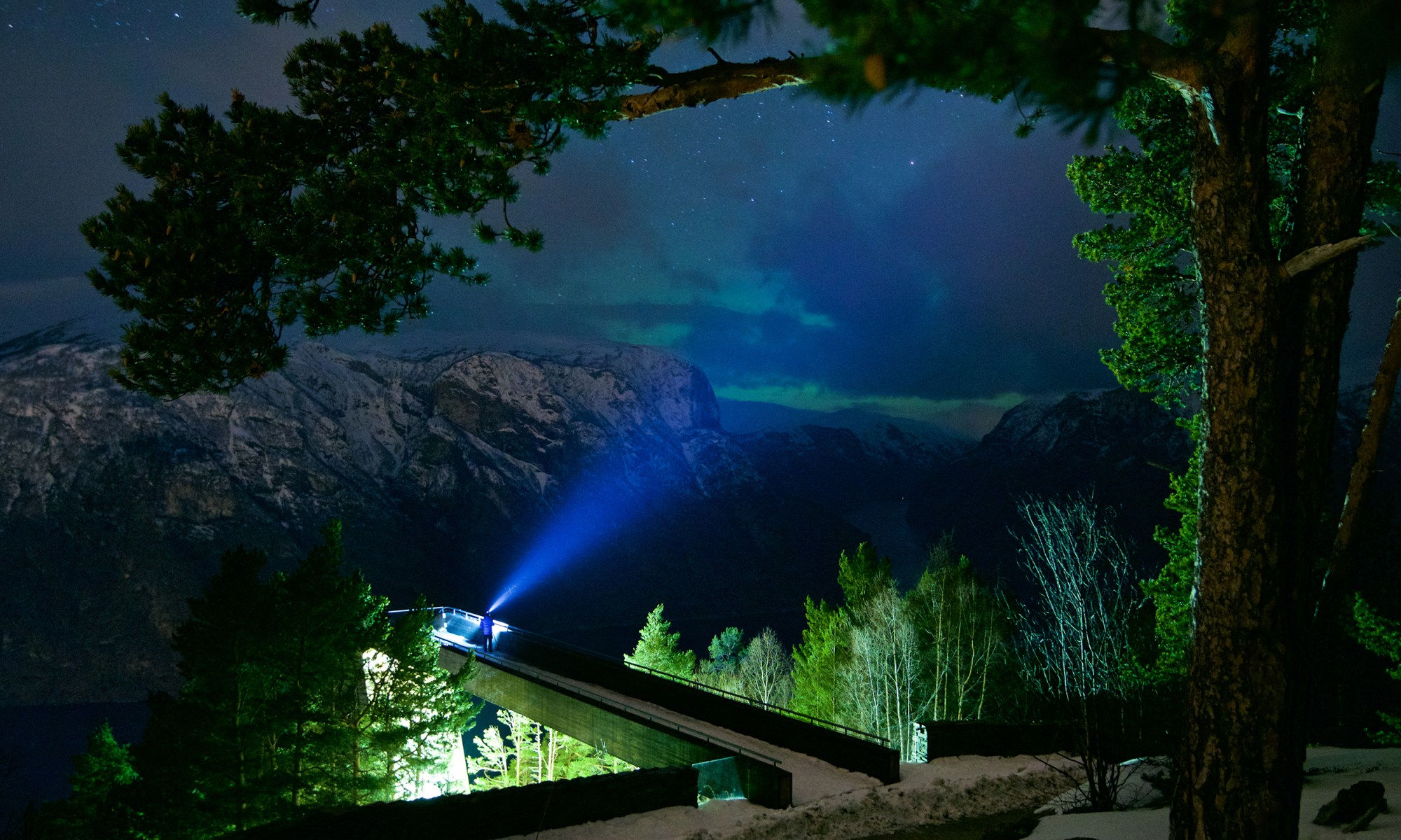 FJORDS Wallpaper - Northern Lights above the Aurlandsfjord in Norway