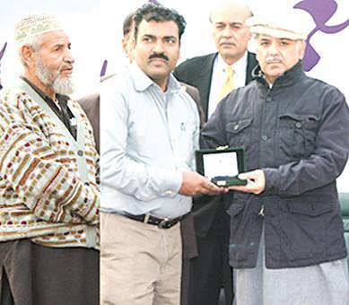 Shahbaz Sharif Distributing Ashiana Houses Keys