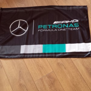 Mercedes Petronas 2015 formula 1 race team genuine flag 3ft x 2ft with stick