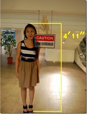 4 Foot Tall Woman