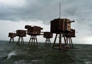 Plateformes dans la mer de Maunsell (Angleterre)