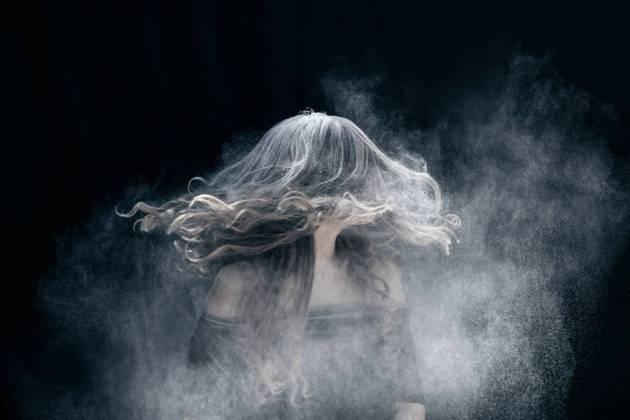 « Explosive » par Emilie Möri