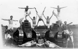 vieux-acrobates-16