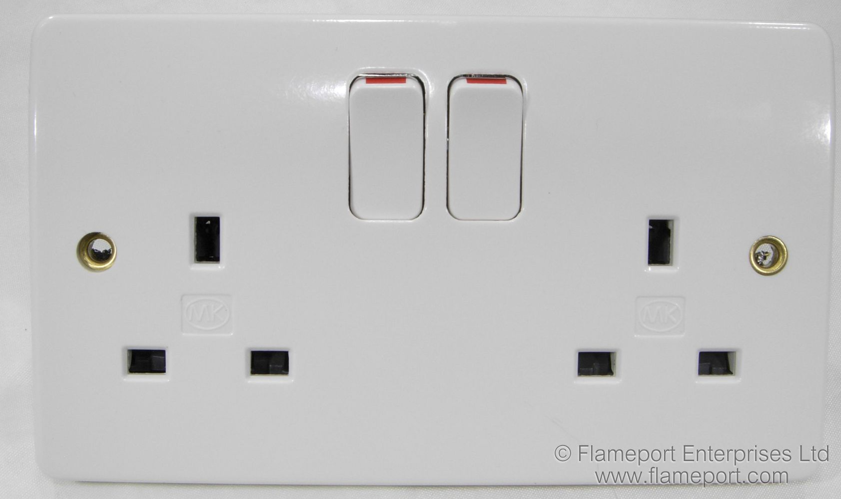 MK BS1363 Double Socket Outlet