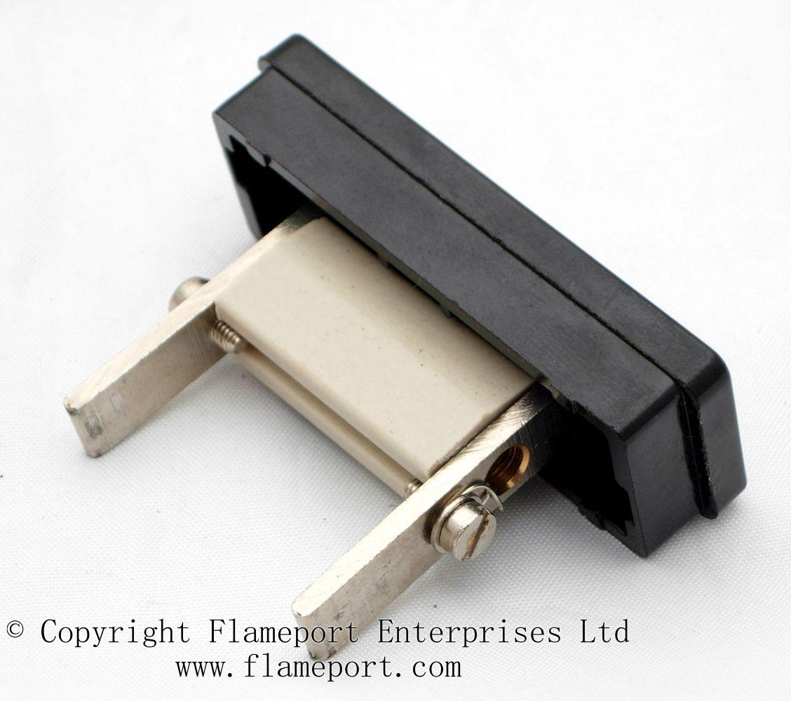 Memera 3 Four Way Plastic Rewireable Fusebox